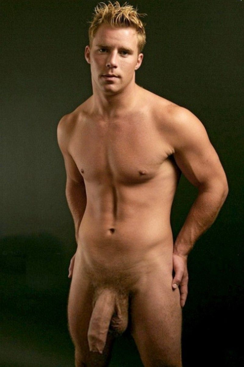 bite blond escort gay a paris